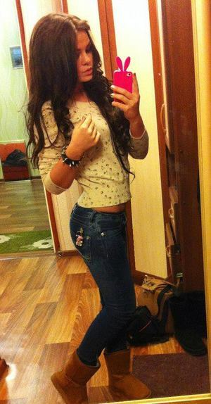 Laurette from  is looking for adult webcam chat